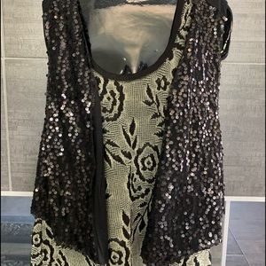 Other - NWT Black sequence flyaway